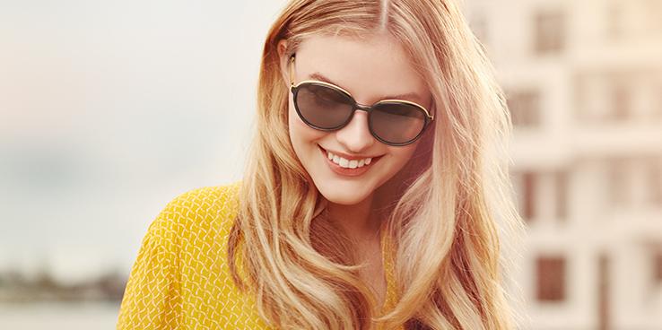 Slipade märkessolglasögon med färg och UV-skydd på köpet